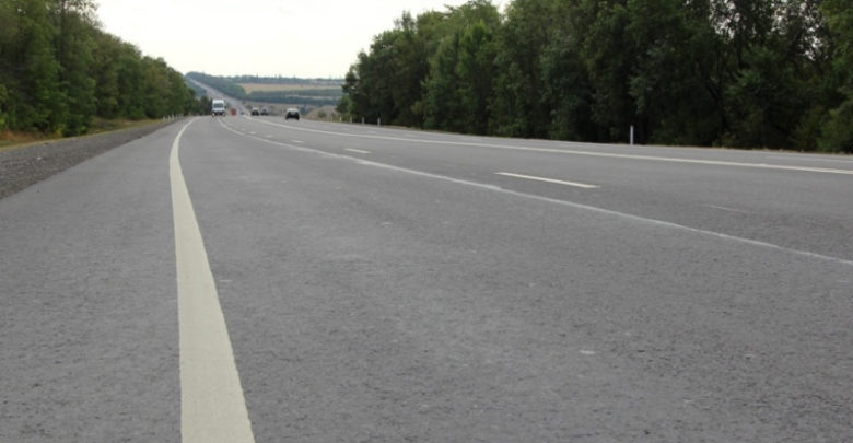 На подъездах к Новошахтинску и Морозовску досрочно отремонтировали дороги