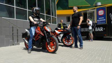 «Orange Day» в мотосалоне «МотоДон»: тест-райд KTM Duke 390 и RC 390